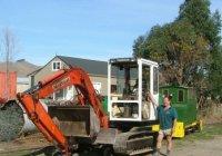 Digger on bogie & Price loco