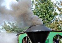 Triumph making smoke!