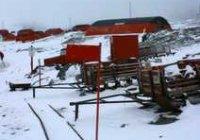 Narrow gauge railway on Antactic Mainland